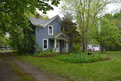 Mattituck Single Family Home For Sale: 19000 Main Rd