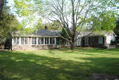 Quogue Single Family Home For Sale: 7 Quogo Neck Ln