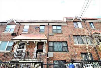 Forest Hills Single Family Home For Sale: 67-40 Burns St