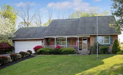 E. Setauket Single Family Home For Sale: 28 Buccaneer Ln