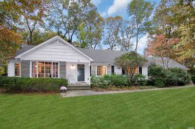 Stony Brook Single Family Home For Sale: 6 Old Wood Rd