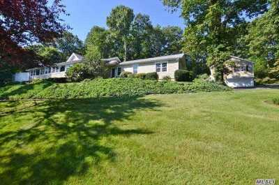 Northport Single Family Home For Sale: 348 Bread And Cheese Rd