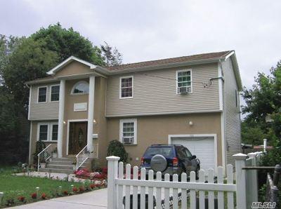 Nassau County Single Family Home For Sale: 122 E Pennywood Ave