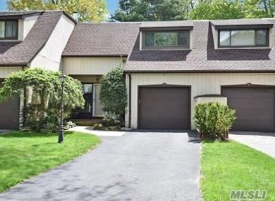 Glen Head Condo/Townhouse For Sale: 19 Cedar Ln
