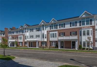 Roslyn Condo/Townhouse For Sale: 102 Grist Mill Cir #102