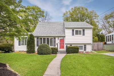Lake Ronkonkoma Single Family Home For Sale: 27 Lake Park St St