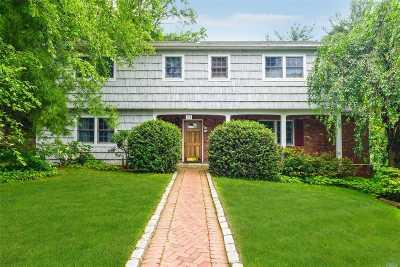 Nassau County Single Family Home For Sale: 10 Hickory Ln