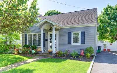 Single Family Home For Sale: 71 Bernard St
