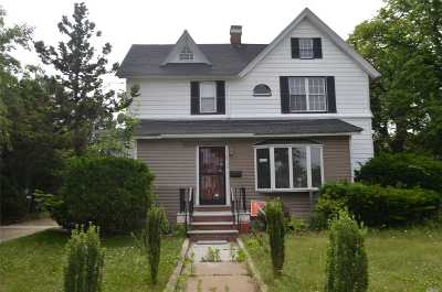 Baldwin Single Family Home For Sale: 2716 Grand Ave