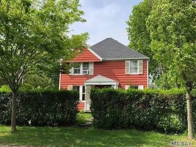 Southampton Single Family Home For Sale: 97 Prospect St