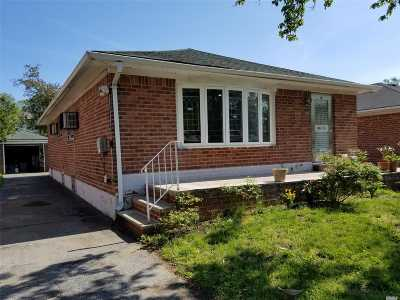 Bayside Single Family Home For Sale: 226-22 76 Rd