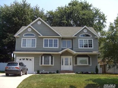 Nassau County Single Family Home For Sale: 2996 Lawrence Dr