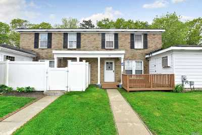 Ridge Condo/Townhouse For Sale: 2 Valley Forge Ct #D
