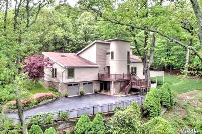 Port Jefferson Single Family Home For Sale: 16 Winston Dr
