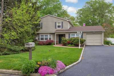 Stony Brook Single Family Home For Sale: 5 Hopewell Dr