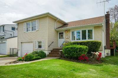 Massapequa Park Single Family Home For Sale