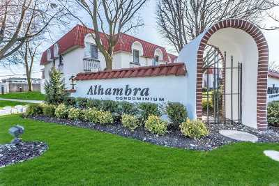 Oceanside Condo/Townhouse For Sale: 44 Alhambra Dr