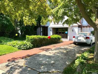 Bayside Single Family Home For Sale: 214-11 27th Ave