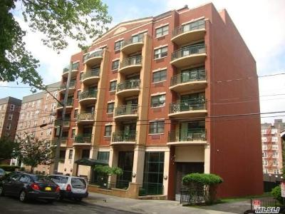 Briarwood Condo/Townhouse For Sale: 143-41 84 Dr #2A