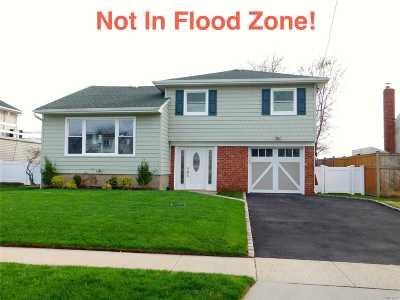 E. Rockaway Single Family Home For Sale: 31 Arden Rd
