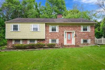 E. Setauket Single Family Home For Sale: 26 Old Post Rd