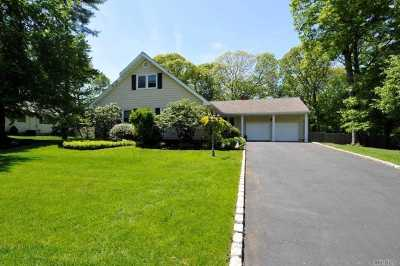 Hauppauge NY Single Family Home For Sale: $639,999