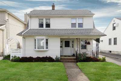 Mineola Single Family Home For Sale: 240 Beebe Rd