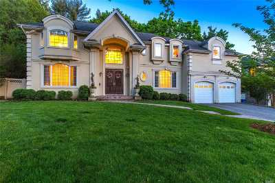 Roslyn Single Family Home For Sale: 6 Crabtree Ln