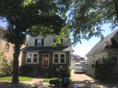 Fresh Meadows Multi Family Home For Sale: 6121 168 St