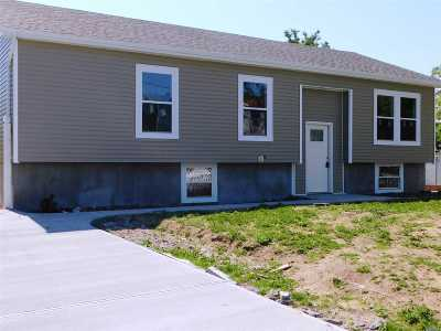 Wyandanch Single Family Home For Sale: 38 S 20th St