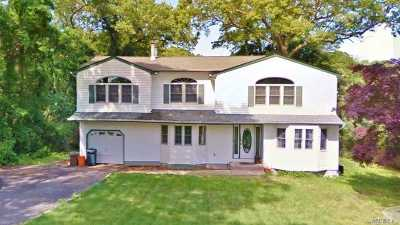 Nesconset Single Family Home For Sale: 37 Spectacle Lake Dr