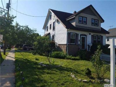 Oceanside Single Family Home For Sale: 2873 Rockaway Ave