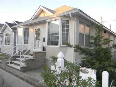 Long Beach NY Single Family Home For Sale: $434,000