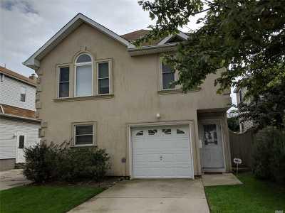 Long Beach Multi Family Home For Sale: 452 E Olive St