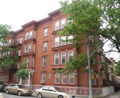 Brooklyn Condo/Townhouse For Sale: 582 Throop Ave #1A