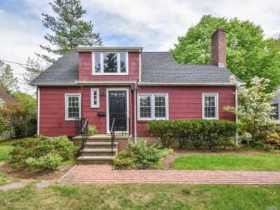 Port Washington Single Family Home For Sale: 22 Harbor Rd