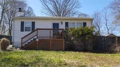 Sound Beach Single Family Home For Sale: 34 Brookhaven Dr