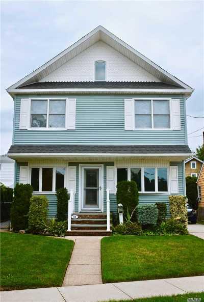 Mineola Single Family Home For Sale: 98 Seward Ave