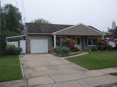 Lake Grove Rental For Rent: 26 Hy Pl