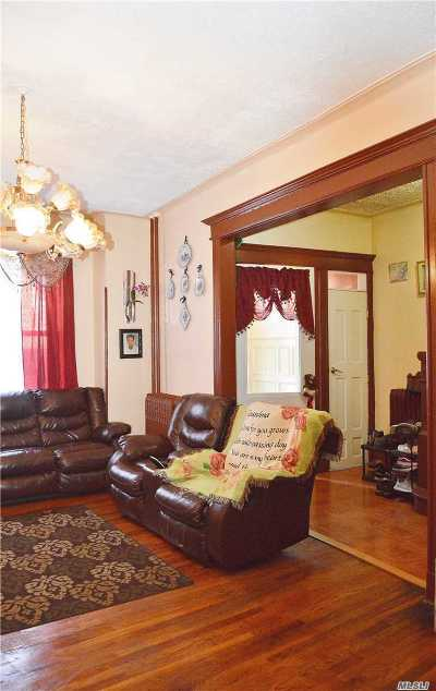 Brooklyn Single Family Home For Sale: 272 Ridgewood Avenue