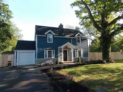 Huntington Single Family Home For Sale: 64 W 19th St