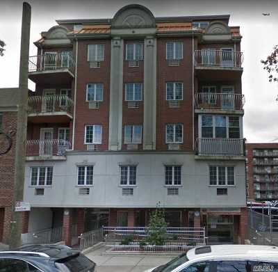 Flushing Condo/Townhouse For Sale: 143-36 37th Ave #1C