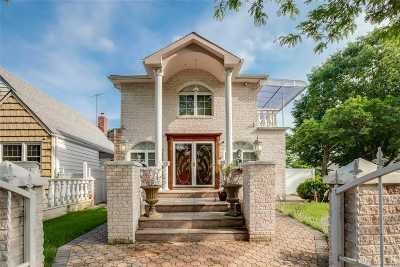 Bellerose, Glen Oaks Single Family Home For Sale: 265-04 79th Ave