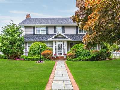 Oceanside Single Family Home For Sale: 2638 Locust Ave