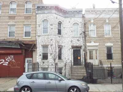 Brooklyn Multi Family Home For Sale: 378 Montauk Ave