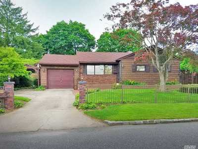 Brentwood Single Family Home For Sale: 127 Timberline Dr