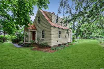 Southampton NY Single Family Home For Sale: $525,000