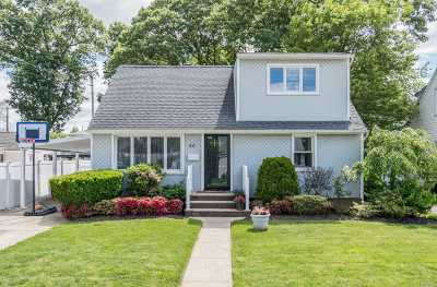 Single Family Home For Sale: 46 Chapin Ave