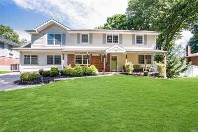 Kings Park Single Family Home For Sale: 26 Brocton Ln