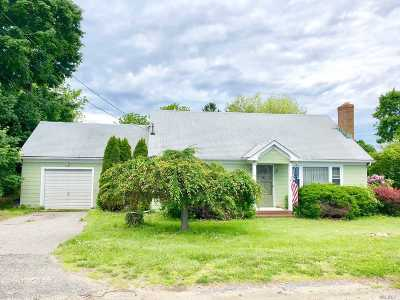 Peconic Single Family Home For Sale: 31675 County Road 48